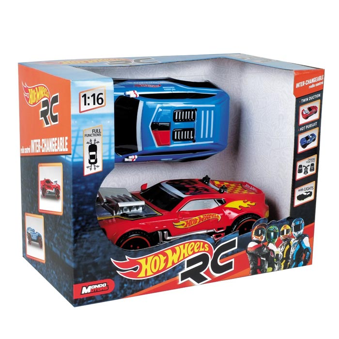 Auto Radiocomandata Hot Wheels con carrozzeria interbambiabile e