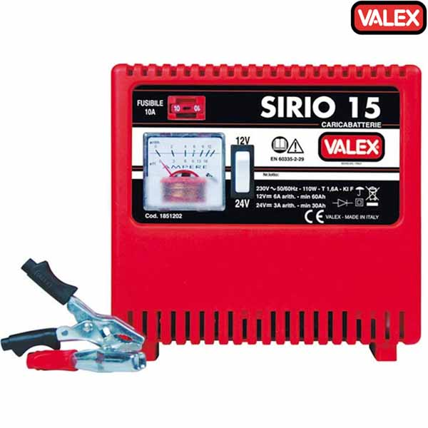 Caricabatterie sirio 15 carica batterie 12 e 24 v auto for Caricabatterie auto moto lidl